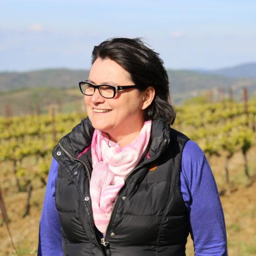 Catherine Delaunay dans les vignes